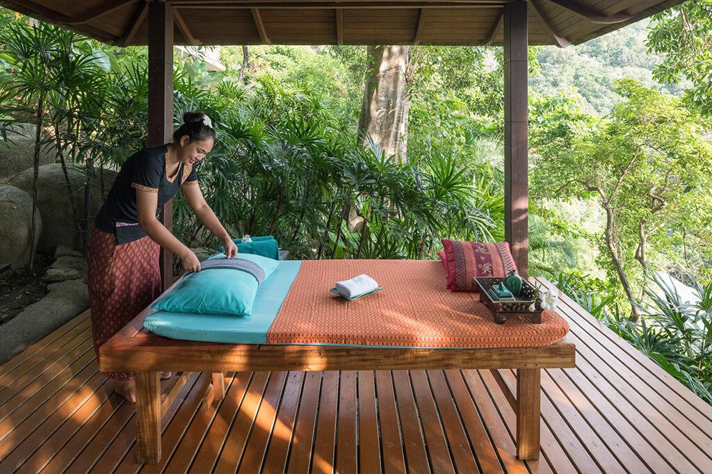 Baan Banyan - Massage in the Yoga Sala