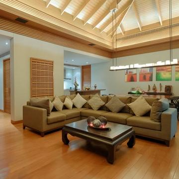 Baan Banyan - Living Room at night